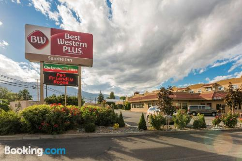 Apartment in Osoyoos with air