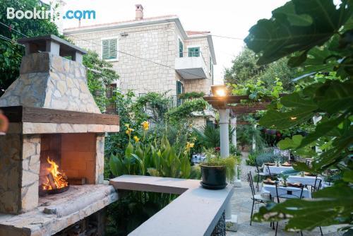 Apartamento con terraza y wifi en Dubrovnik para dos personas