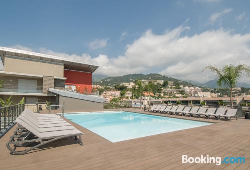 Appartamento con piscina e terrazza, per coppie