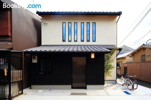 Apartamento bonito con aire acondicionado
