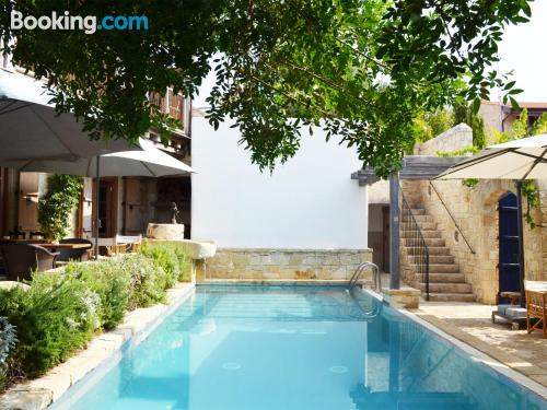 Child friendly home. Enjoy your pool in Lofou!