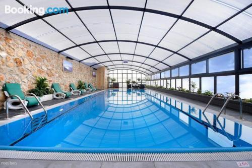 Apartamento de 200m2 en Safed con piscina