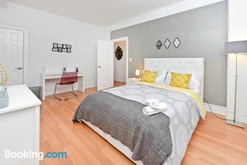 3 room home for groups