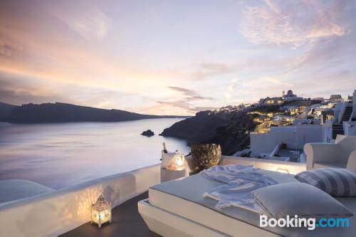 Petite apartment in Oia. For 2 people