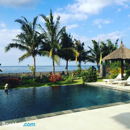 Place with swimming pool, internet and terrace