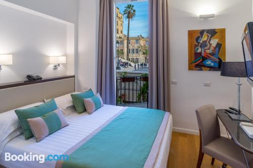 Small apartment in amazing location of Rome