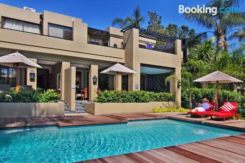 Appartamento con Internet e terrazza, a Johannesburg