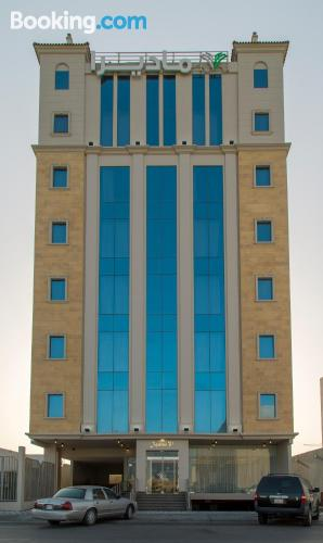 Espacioso apartamento de dos dormitorios en Al Khobar