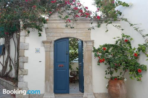 Apartamento pequeño en Panormos Rethymno con conexión a internet y terraza
