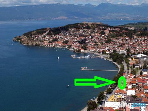 Apartamento con terraza en Ohrid